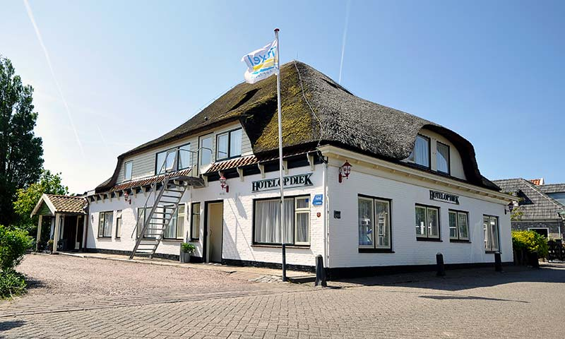 hotel-op-diek-stay-on-the-wadden-island-texel